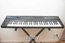 ROLAND D-50 D50 LINEAR SYNTHESIZER VINTAGE JAPAN Midi Sound From 90's