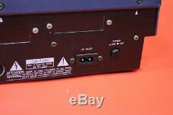 USED Yamaha SU700 Sampler Sequencer Sound Module SU 700 From Japan U624 190708