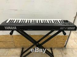 Yamaha SY-22 Music Synthesizer Keyboard Headphone Out Works, No Sound from L/R